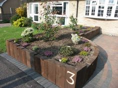 John Ropers raised bed made with railway sleepers Photo 1