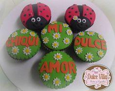 Cupcakes mariquitas <3 By Dulce Villa. #cupcakes #fondant #love #sugar