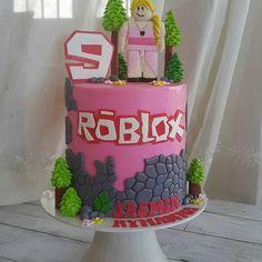 Roblox Birthday Cake, Roblox Cake, Cupcake Birthday Cake, Birthday Cake Girls, Birthday Fun, Cupcake Cakes, Cupcakes, Birthday Ideas For Her, 10th Birthday Parties