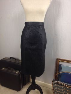 Wms Black Leather Pencil Straight Skirt Embossed Animal Detail Lined EUC Size 8 #Unbranded #StraightPencil