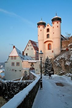 Winter Sunset, Parsberg Castle, Germany  photo via rietje