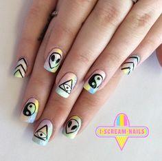 These nails, featuring the alien emoji! Grunge Nail Art, Goth Nail Art, Cute Nails, Pretty Nails, Alien Nails, Emoji Nails, Hippie Nails, Hippie Nail Art, Nail Art Games