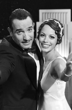 A great shot of George and Peppy (Jean Dujardin and Berenice Bejo) from the fun 2011 French movie throwback to the silent film era The Artist! The film won 5 Oscars at the 2012 Academy Awards ceremony. Jean Dujardin, The Best Films, Great Films, Good Movies, Rashida Jones, Tilda Swinton, Gerard Butler, George Clooney, Meryl Streep