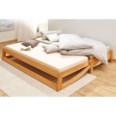 Maximize and save space with this great folding bed ideas. Folding Bed Guests So . Folding Furniture, Simple Furniture, Upcycled Furniture, Sofa Furniture, Furniture Design, Furniture Cleaning, Folding Guest Bed, Folding Beds, Space Saving Beds