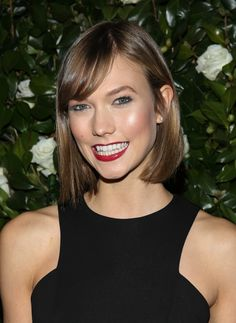 Karlie Kloss' red lips