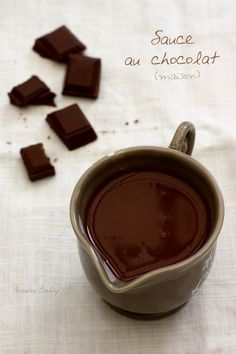 Sauce au chocolat maison Chocolate Fondue, Chocolate Cake, Panna Cotta, Ww Desserts, Dessert Sauces, Spring Recipes, Flan, Tiramisu, Brunch