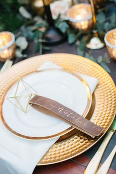Fall Ranch Wedding | Hooked Calligraphy - This outdoor wedding inspiration shoot used all the amazing colors and textures of the autumn/early winter season on a horse ranch in Minnesota! As featured on Ruffled Blog Photography Credits: Meg Cooper Photography