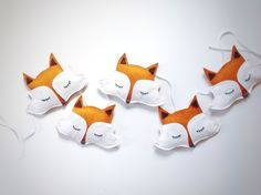 Hanging fox garland made from felt by Thesecretcrafthouse on Etsy