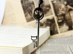 Vintage Key Pendant Leather Necklace,looback.looback.com. jewelry ,accessories, free shipping,