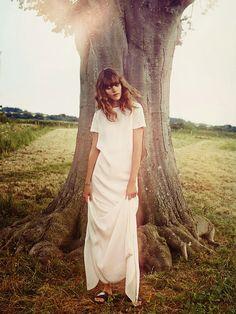 Freja Beha Erichsen fotografiada por Cass Bird para Vogue, Uk, enero