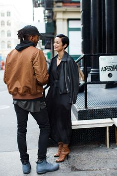 On the Street…Howard St. The Sartorialist, 18 November 2015 Dark Style, My Style, Scott Schuman, Downtown New York, Stylish Couple, Sartorialist, Fashion Couple, Couple Outfits, Questions