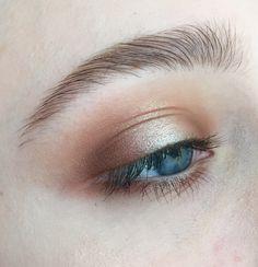 Gold/Orange Halo eye for everyday | #spotlight makeup on blue eyes