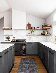 Eurostyle Ready to Assemble in. Buckingham Full Height Base Cabinet in White Melamine and Door in Gray, Melamine White - Kitchen Decor Elegant - Modern Farmhouse Kitchens, Rustic Kitchen, New Kitchen, Cool Kitchens, Kitchen Decor, Awesome Kitchen, Kitchen Ideas, Kitchen Layout, Kitchen Modern