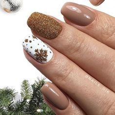 Дизайн ногтей тут! ♥Фото ♥Видео ♥Уроки маникюра Cute Christmas Nails, Xmas Nails, Bling Nails, Holiday Nails, Manicure, Gelish Nails, Nude Nails, Nails Now, Mermaid Nails