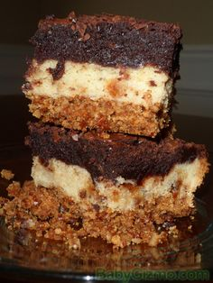 Ultimate Pretzel Crusted Sugar Cookie Heath Brownie Bars #brownies #cookies #dessert