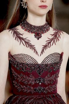 New embroidery fashion detail haute couture georges hobeika ideas Haute Couture Style, Couture Details, Fashion Details, Fashion Design, Georges Hobeika, Runway Fashion, High Fashion, Fashion Show, Luxury Fashion
