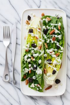 Wedge Salad with Buttermilk Black Pepper Dressing from @LoveAndOliveOil | Lindsay Landis