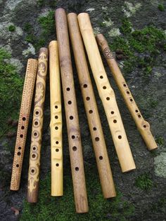 The Slovak fujara is an awesome overtone flute of four to seven feet in length. Fujara is absolutely unique hand made overtone fipple flute and one cannot find similar anywhere but in Slovakia. Native Flute, Native American Flute, Flautas, Tin Whistle, Instruments, Finn The Human, Character Aesthetic, Sound Of Music, Musicals