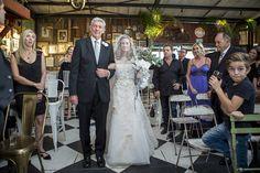 Best Wedding and Portrait Photographers Darrell Fraser South Africa Bar Wedding Venues, South African Weddings, Portrait Photographers, Palace, Wedding Dresses, Photography, Fashion, Fotografie, Moda