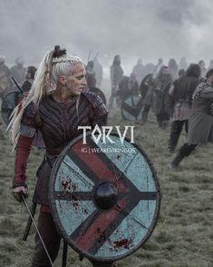 One of me faves Vikings Game, Vikings Tv Series, Vikings Tv Show, Norse Vikings, Viking Shield, Viking Warrior, Warrior Princess, Larp, Norse Mythology
