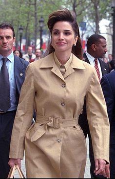 ♔♛Queen Rania of Jordan♔♛. 2001