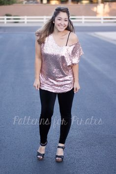 off-the-shoulder hack for a darling sequined top, perfect for a holiday party or a night out  |  original #sewing #pattern modified to make this look is the Pumpkin Spice Dolman by Patterns for Pirates