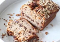 Date and Chestnut Banana Bread - The Great Full Olive Oil Bread, Banana Bread Recipes, Vegan Sweets, Healthy Alternatives, Healthy Breakfast Recipes, Baking, Desserts, Breads, Food