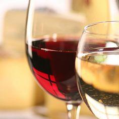 Pour accompagner votre plat, nous vous conseillons un vin libanais - Le Clos Saint Thomas -