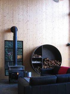 Scandinavian Retreat: Modern cabin in California