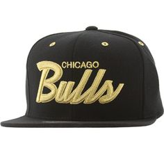 1de07ba1f96 Mitchell And Ness Chicago Bulls Flat Visor Snapback Cap (black   gold)  NZJ69-