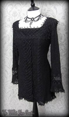 Black Lattice Lace Bell Sleeve Top 14 Romantic Goth Bohemian Mod Vtg 70's Flowerchild | THE WILTED ROSE GARDEN