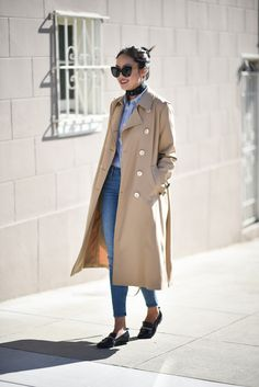 Loafers make the absolute perfect match to a trench, as shown by Ann Taylor! This smart style combines elements of the masculine and feminine, with a button up shirt and necktie embracing androgynous vibes, which we love. Wear loafers in this way if...