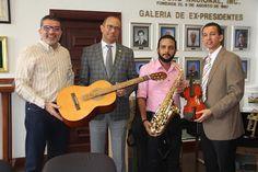 Armario de Noticias: Ministerio de Cultura entrega instrumentosmusicale...