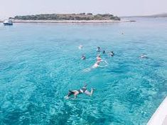How to go on a fun Blue Cave tour from Split, Croatia Cave Tours, Split Croatia, Historical Monuments, Speed Boats, Group Tours, Meeting New People, Public Transport, Natural Wonders, Fun Drinks