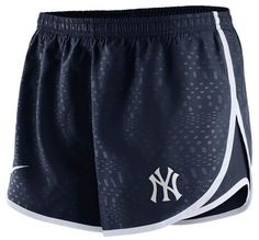 Nike New York Yankees Women's Navy Dri-FIT Modern Tempo Short is available now at FansEdge. Enjoy fast shipping and easy returns on all orders of [[product_name]]. Nike Store, Running Shorts, Workout Shorts, Sport Shorts, Nikes Negros, Los Angeles Dodgers, Alabama Crimson Tide, New York Yankees, Nike Sportswear