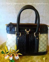 Designer purse cake!