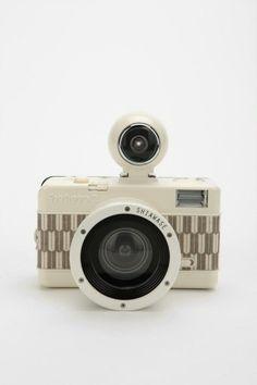 Camera by ana