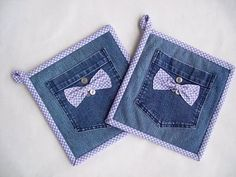 Hot Pads - Denim & Lavender Gingham - Set of Two - Buttons - and Bows Small Sewing Projects, Sewing Hacks, Sewing Crafts, Jean Crafts, Denim Crafts, Sewing Jeans, Denim Ideas, Recycle Jeans, Recycled Denim