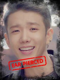 what ear do guys pierce