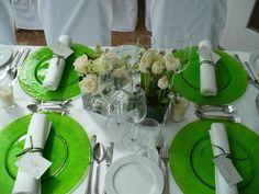 Grüne Glasteller - green place plates  - www.riessersee-hotel.de