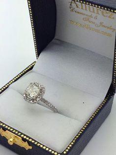 Cushion Diamond Halo Engagement Ring-Allurez.com