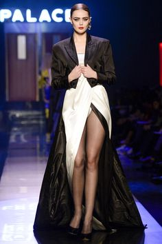 Jean Paul Gaultier Spring 2016 Couture Collection Photos - Vogue