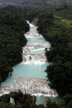 Cascadas de agua azul!
