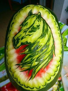 of Equines on Fruit Ninja Frenzy It's Watermelon Wednesday! Check out this week's MANE attraction!Fruit Ninja Frenzy It's Watermelon Wednesday! Check out this week's MANE attraction! Watermelon Carving Easy, Watermelon Art, Carved Watermelon, Watermelon Designs, Fruit Sculptures, Food Sculpture, L'art Du Fruit, Fruit Art, Fruit Cakes