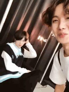 Jung Hoseok and Min Yoongi J Hope Gif, Bts J Hope, Namjin, Bts Boys, Bts Bangtan Boy, Jhope Bts, Jung Hoseok, K Pop, Banda Kpop