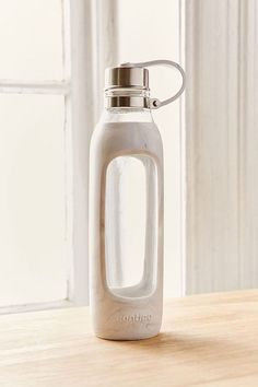 8 Reusable Water Bottles You'll Want to Take Everywhere - Camille Styles