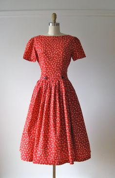 vintage 1950s dress / 50s dress / Buttons and Bows by Dronning, $138.00