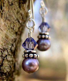 http://www.sobrietystones.com/earrings/images_earrings/E89_pearl_crystal_earrings.jpg