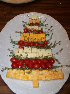 Cheese, tomato, and thyme tree!  So easy, looks pretty and smells great!