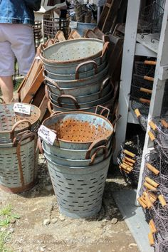 olive-buckets